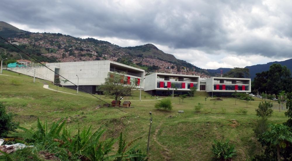 Biblioteca León de Greiff